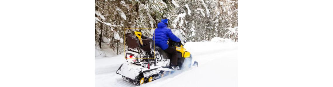 Текстильные кофры для снегоходов и их особенности